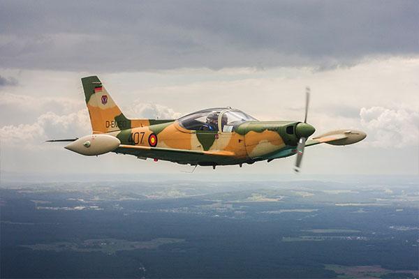 cuban8-SF-260WLC-Aermacchi-SF-260_v2